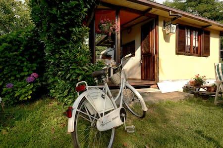 """Lago Maggiore"""" SWEET HOME"""" - Malgesso - Campingvogn"""