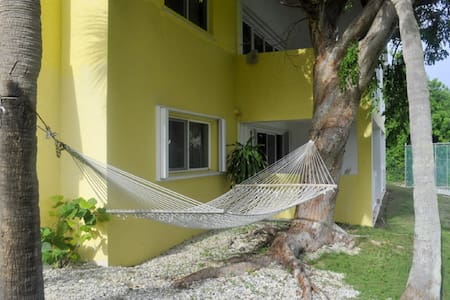 Hammock Heaven by Living Easy - Társasház