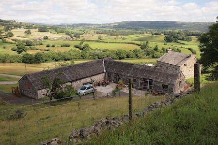 Fellside Barn, spacious, characterful conversion - Casa