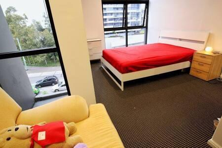 clean apartment - Waterloo - Wohnung