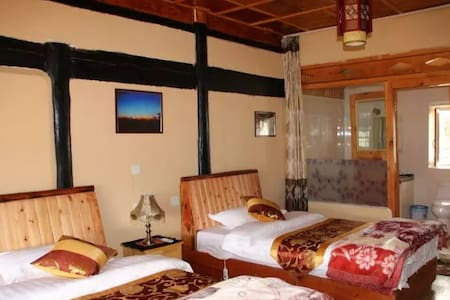 藏式观景标间 - Deqen - Bed & Breakfast