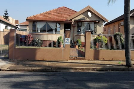 potter's home - Rumah