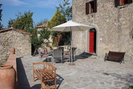 Ein Haus zum Wohlfühen mit fantastischen Ausblick - Santa Fiora