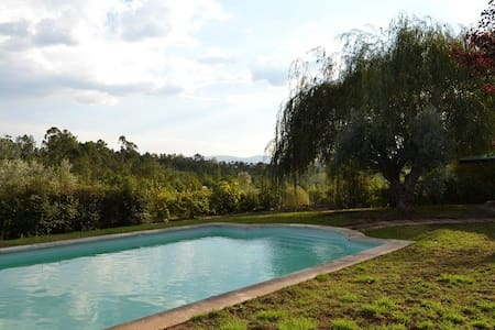 Casa do Campo com piscina e jardim - Bed & Breakfast