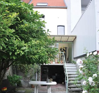 comfortable familyhouse close to canal - Mechelen