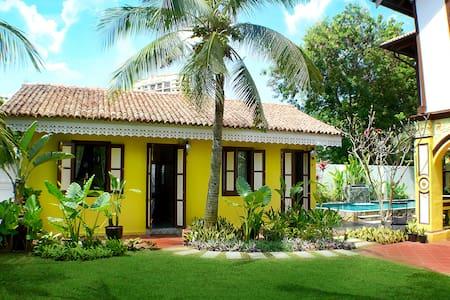 Casugria Dutch Heritage Villa - Garden Chalet 3pax - Melaka