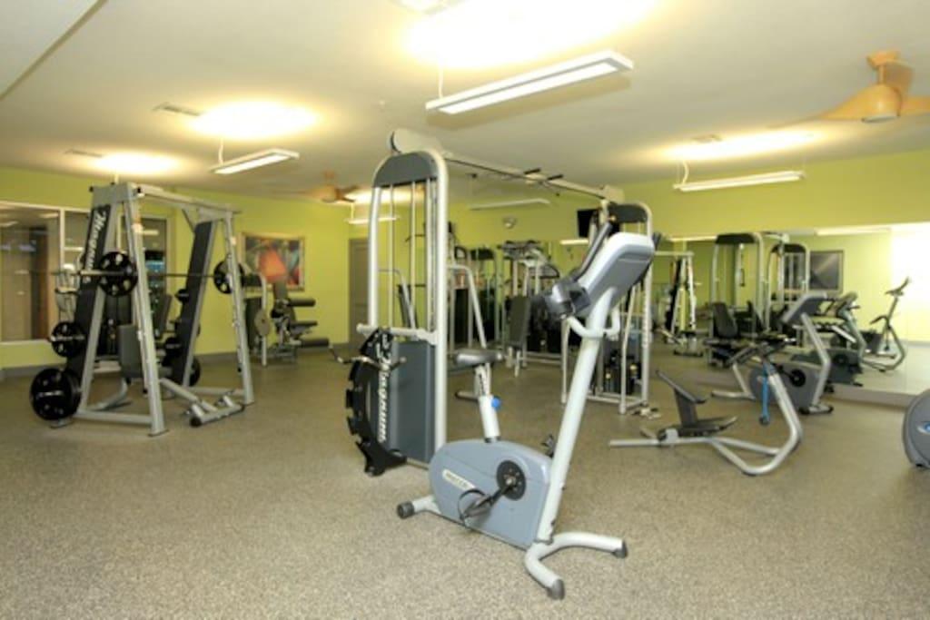 24 hr gym