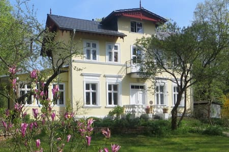 Picturesque villa close to Berlin - Woltersdorf
