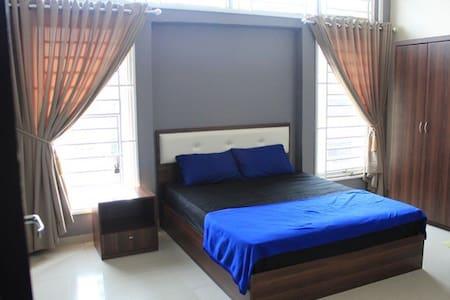 D'RK Guest House - Reihenhaus