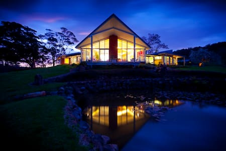 Exclusive Mt Hay Retreat, Berry - Kabin