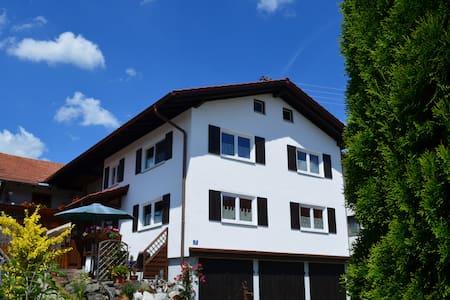 """Ferienhaus """"Beim Brugger"""" - Lechbruck am See - House"""
