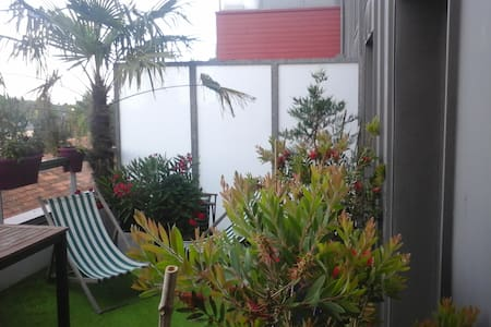Duplex à chantepie avec terrasse