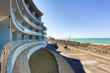 WESTWARD HO! HORIZON VIEW 17 | 2 Bedrooms - Huoneisto