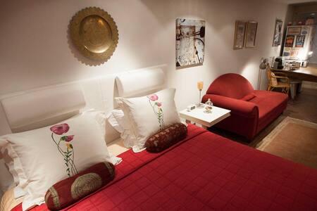 B&B Charming Roermond - Bed & Breakfast
