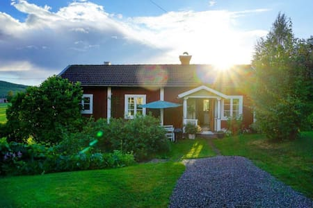 Charming house in Linghed, Sweden - Falun - Talo