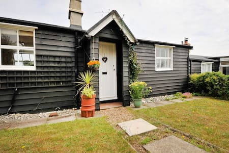 14 The Uplands Cottage - Thorpeness - Mökki
