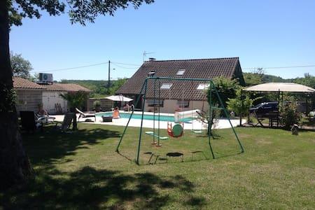 Maison de campagne avec piscine - Adosado