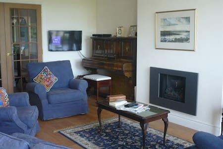 Lake Views - Apartment