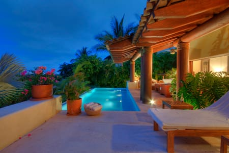 Four Seasons Residence Villa