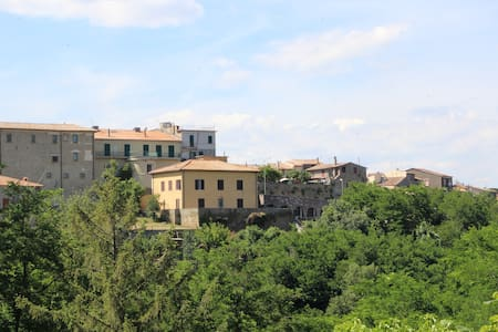 LAGO DI BOLSENA - Valentano - Villa