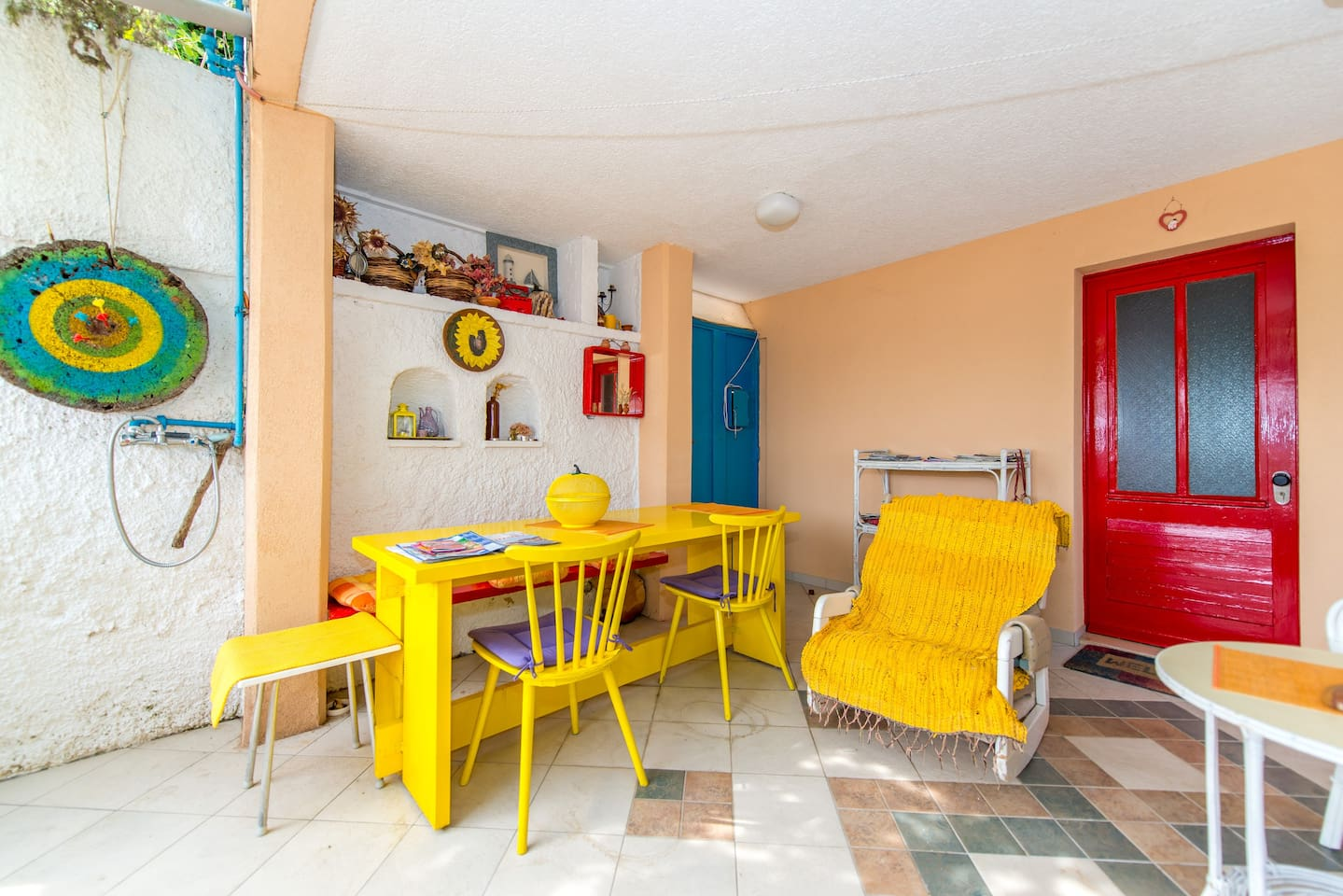 Colorful apartment near Old Town