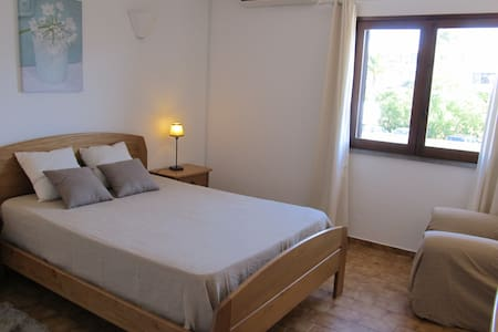 Algarve -Cosy apart (quiet village) - Quelfes