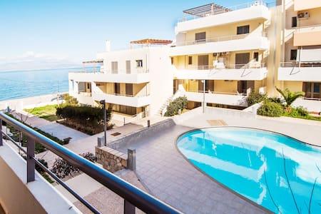Erato apartments by the sea 2.1.13 - Condominium