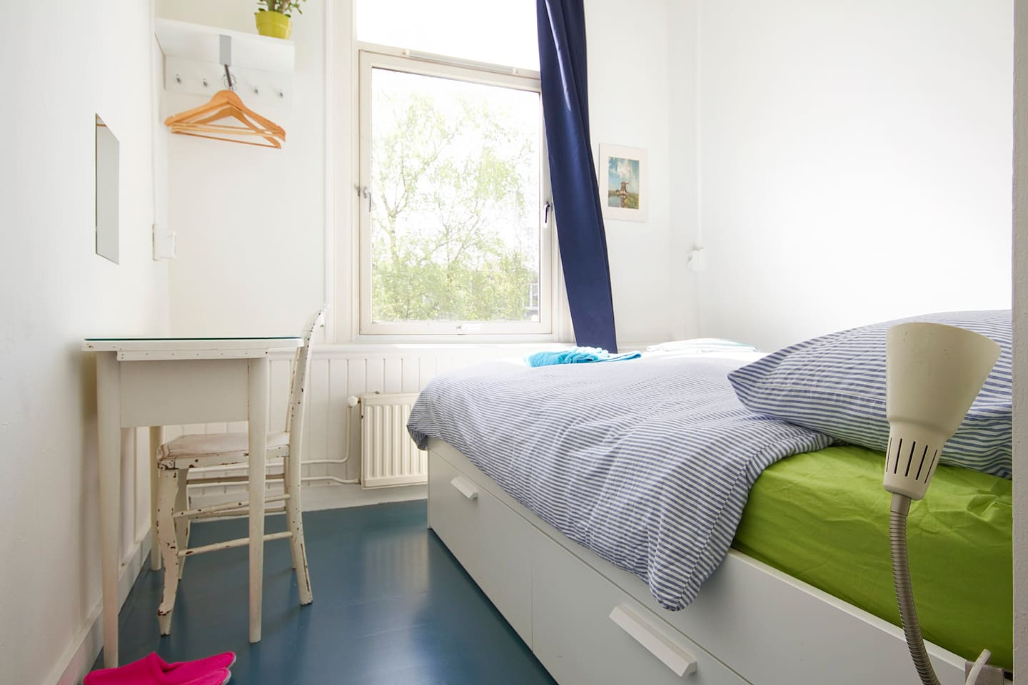 Very cosy bedroom, excellent matrass, light blocking curtains