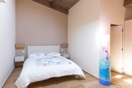 """Castelli in aria """" Blu room"""" - Apartment"""