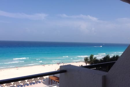 GREAT DEPARTMENT/ CANCUN AVAILABLE!