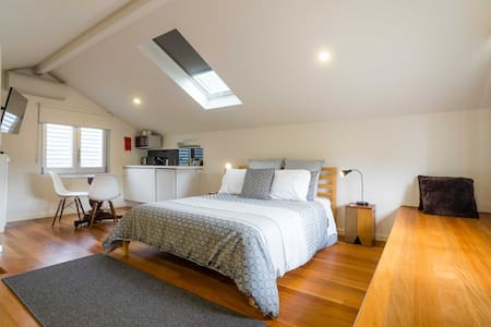 Modern Newtown Studio near Carriageworks - Casa