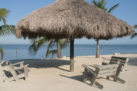 Islamorada-Ocean front Property - Bed & Breakfast