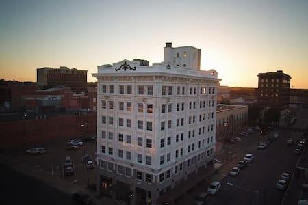 Downtown Waco Loft with Amazing Views! - Waco