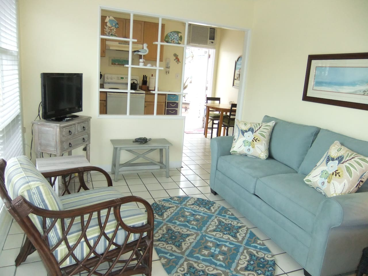 Cottage style condo. Bright, very clean, single-story, end-unit.