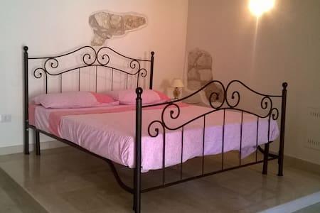 Romantic room - House