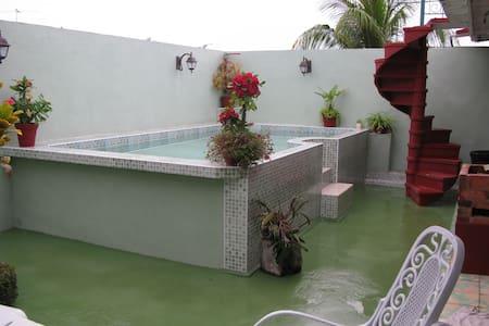 Hostal San Fernando, Morón, Cuba - Moron - Vendégház