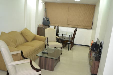 Ac Room In Our Fully Furnished Flat in Panjim Goa - Lakás