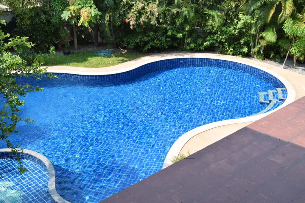 8 Bedroom Luxury Villa With Private Swimming Pool Houses For Rent In Chiang Mai