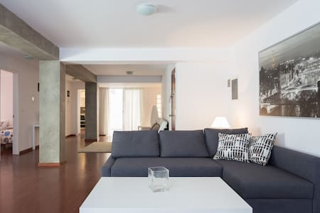 Amplio apartamento, LOFT - Apartmen