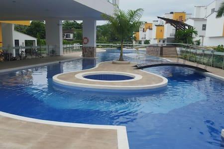 Apartamento Nuevo Condominio ! New apt in Condo! - Wohnung