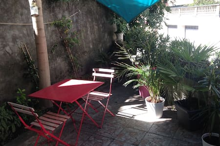 Quiet & bright apartment with terrace near theatre - Vienne
