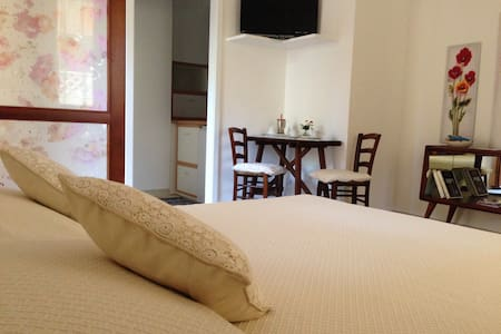 Monolocale indipendente con cucina - Capoterra