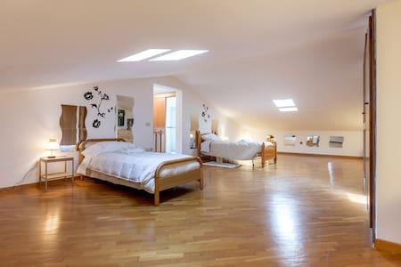 Cozy attic - Mantignano - Villa