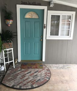 Charming studio  on quiet culdesac - Grover Beach