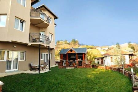 Vila Vrdnik-Daca - Wohnung