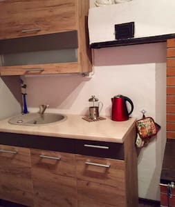 Cozy,wood floors, New beds, balcony - Lihula - Appartement