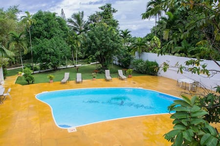 Pineapple Suite at San San Tropez Villa-Hotel - Port Antonio - Boutique-Hotel