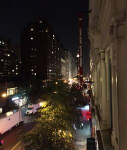 Central & Bright Union Square Flat - New York - Apartment
