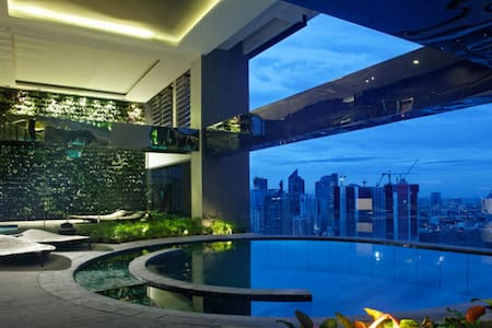 70F Penthouse ! Gramercy 2 bed FIBRE WIFI - 60sqm - Wohnung