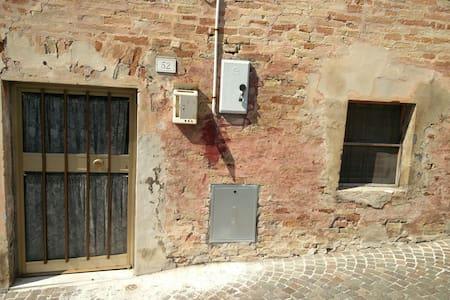 Appartamentino rustico 2 ambienti - Belvedere Ostrense